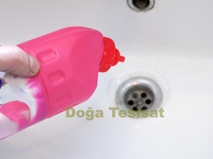 evde tıkalı lavabo nasıl açılır pratik