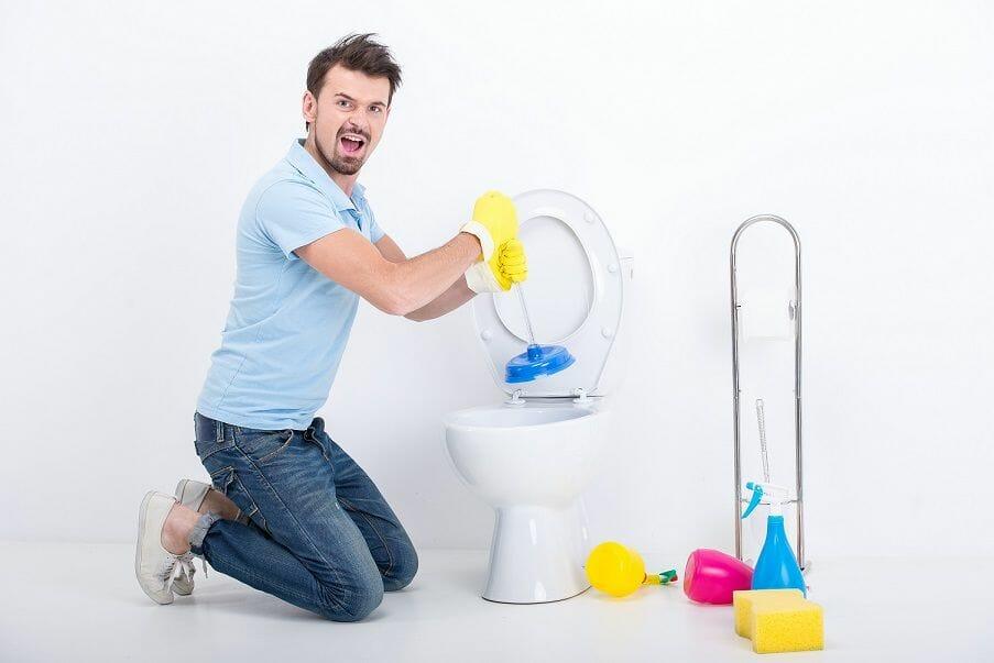 tıkanan tuvalet nasıl açılır evde